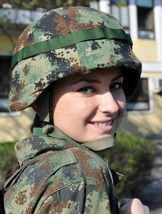 Просмотр фотосета девушка в униформе фото 545-463