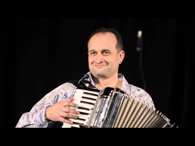 Аккордеонист Юрий Тертычный вальс Домино музыка Louis Ferrari