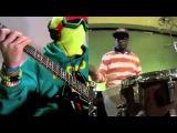 MonoNeon + Chris Dave &amp The Drumhedz