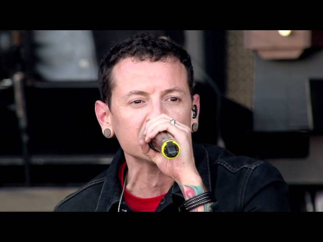 New Divide [Live in Red Square 2011] - Linkin Park
