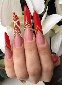 Студия дизайна ногтей.
