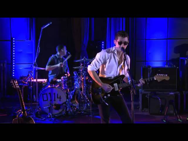 Arctic Monkeys - Whyd You Only Call Me When Youre High (BBC Live Lounge)