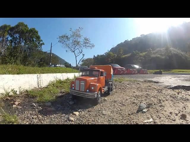 Scania 111S RC escala 1:10 Carga Pesada - Ecampi.com