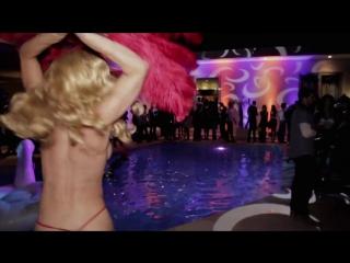 Обещанное видео | Дэн Билзерян Dan Dilzerian притащил жирафа на свою вечеринку