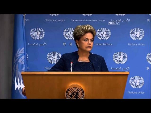 Dilma responde perguntas em inglês