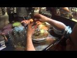 Шоппинг в Дубае - как делают рисунки из песка в бутылке