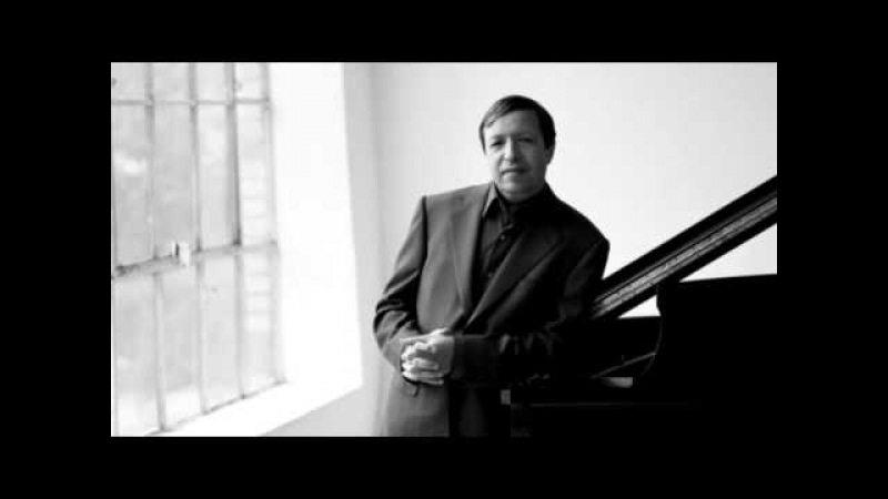 Mozart - Piano Concerto No. 15 in B-flat Major, K. 450 (Murray Perahia)