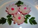 Цветы из редиса Flowers of radish Украшения из овощей Decoration of vegetables