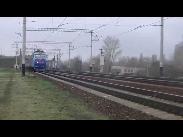 [УЗ] Электровоз ЧС7-293 с поездом Днепропетровск - Москва