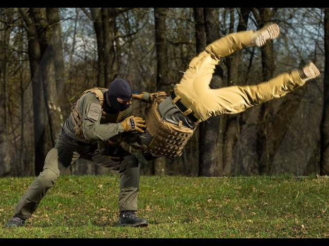 The P-40 All-Terrain and Tac-2 tactical pants│ Redefine your limits