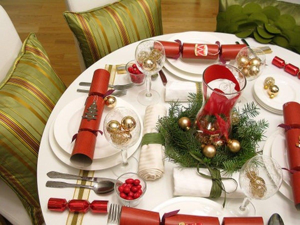 Декор новогоднего стола - оформление стола в Новый год