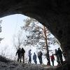Путь к пещере Караульной