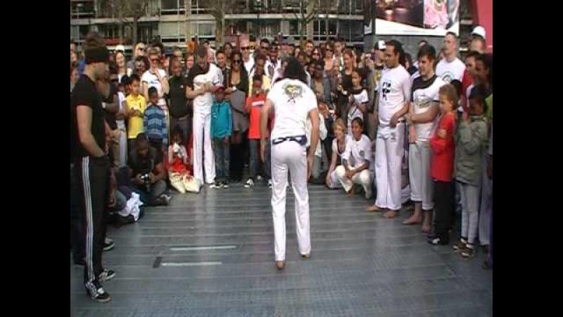 Capoeira vs The Groove Kings