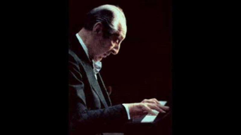 Vladimir Horowitz plays Chopin's Raindrop Prelude in D flat Major, Op.28 No.15