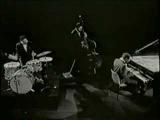 Wynton Kelly Trio avec John Coltrane 'live' .flv