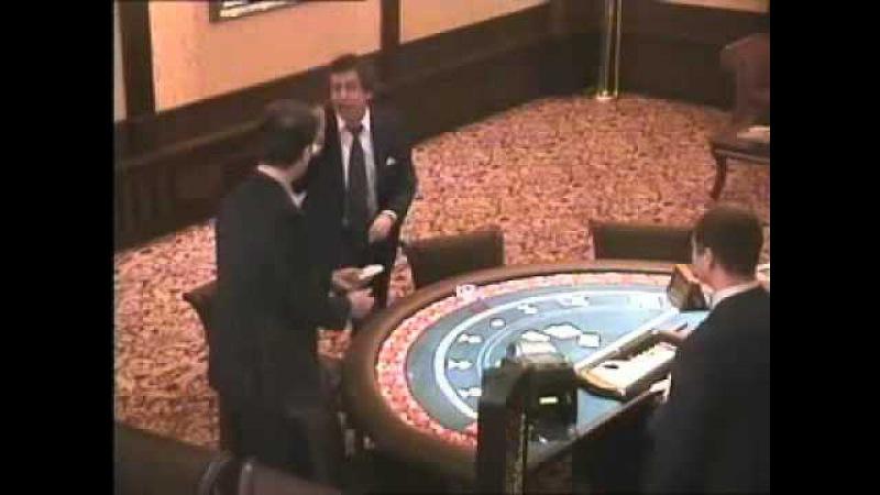 Легендарное видео из казино Ёбаный рот этого казино, блядь! Ты кто такой, сука! ...