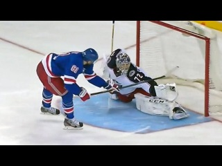 Sergei Bobrovsky robs Rick Nash in shootout