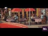 Macklemore & Grandmaster Caz Ft... - Downtown @ 2015 MTV Live HD