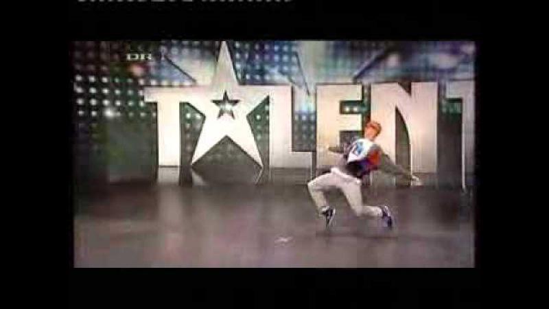 Хип хоп Немецкая 'Минута славы' танцует не реально=