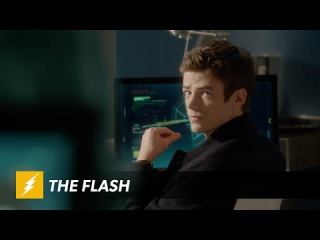The Flash - Inside: The Man in the Yellow Suit