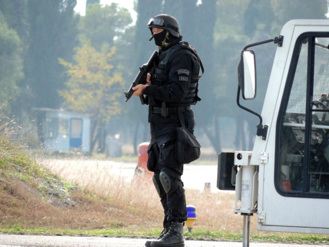 Armée du Monténégro / Montenegro Armed Forces / Vojska Crne Gore CrDwf-HeZTU