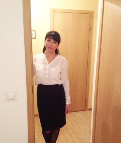 Елена Маринова