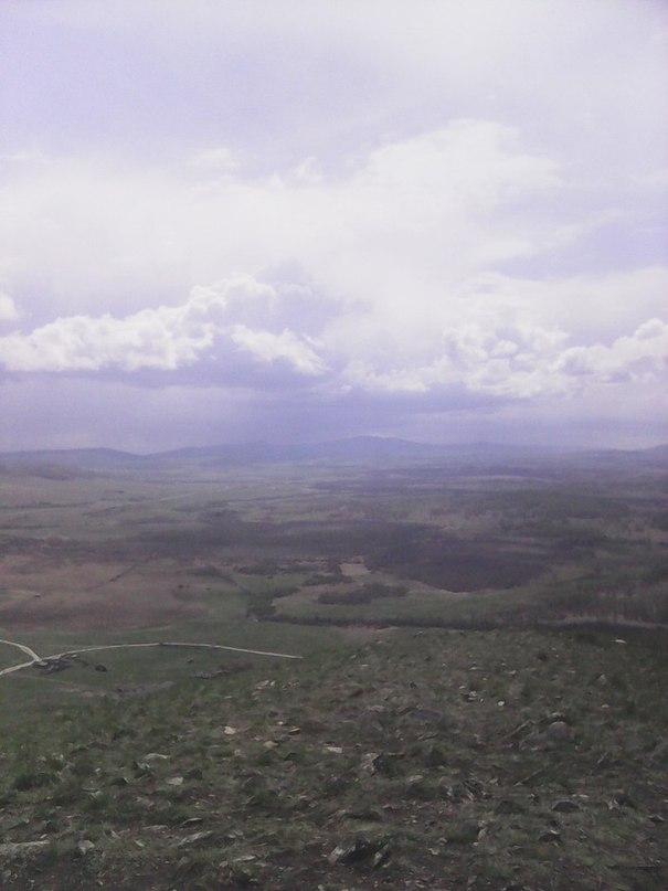 С вершины горы видно как гроза ходит кругами (27.05.2015)