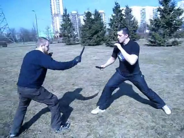 Бой На Ножах Обучение