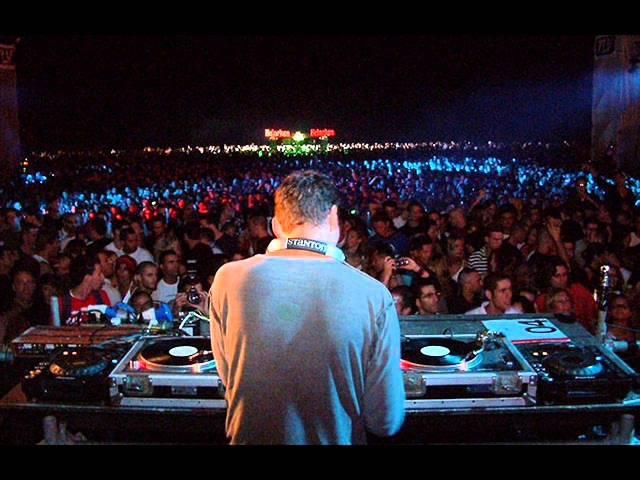 Tiësto Live @ Heineken Music Hall Amsterdam 03 12 05 SET COMPLETO