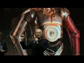 Энтони Дэниелс (C-3PO) на КомикКон - вариант 1