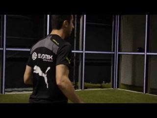 Henrik Mkhitaryan Borussia Dortmund. instructional video on soccer feints
