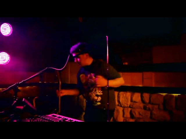 KIPPY - Pa-pa-peira (live at Grot, 09/26/2014)