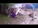 Драка на деревне зять тёщу тестя и жену уделал жесть