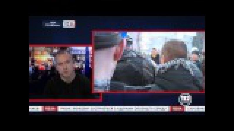 ЖИД депутат Сергей Пашинский вывозит с Майдана снайперскую винтовку с глушителем!