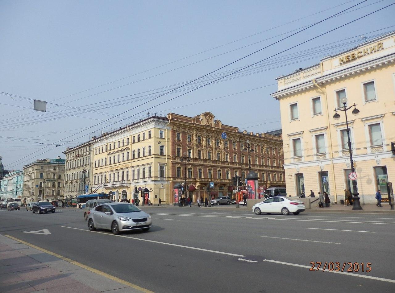Прогулка по Невскому проспекту UOzs9EftFCY