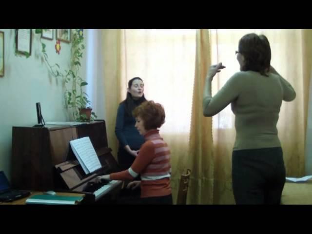 Занятие по академическому вокалу.mpg