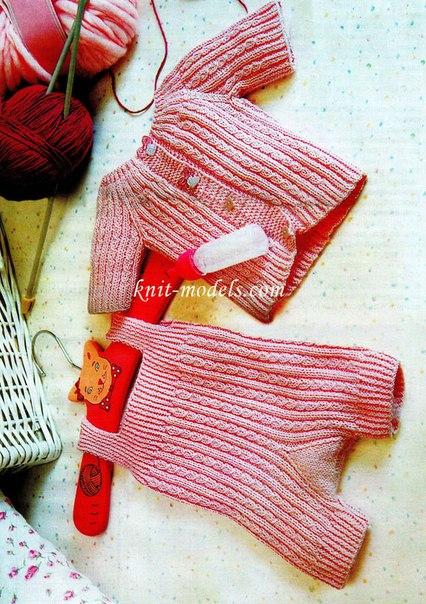 Розовый костюмчик (3 фото) - картинка