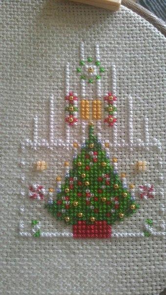 Совместный отшив к Новому году - Пряничный домик из The World of Cross Stitching