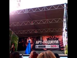 *Ольга Сосина в моём Платье на Арт-подиум 2015*))