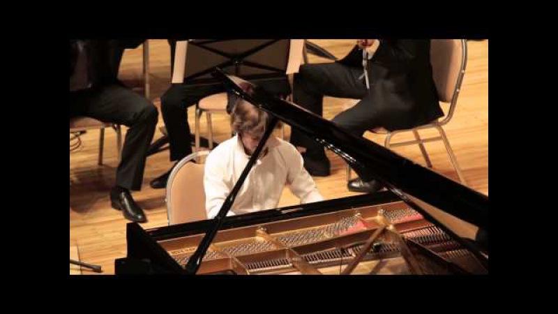 В.Свердлов-Ашкенази исполняет свою Фантазию для ф-но с оркестром Виртуозы Москвы. Дирижёр И. Гайсин.
