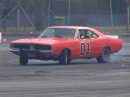 The General Lee Trying Drifting - Dodge Charger R/T Drift SOUND!!