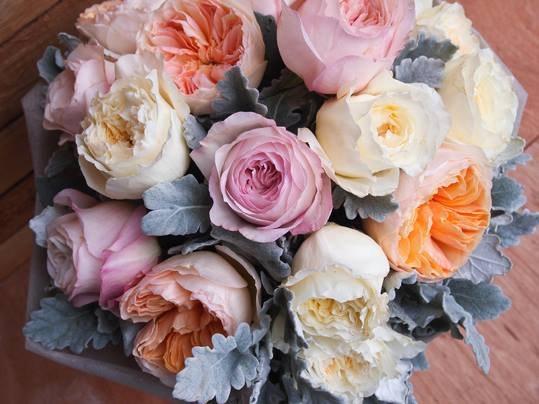 Какой букет купить на 8 марта: рекомендации тюменских флористов 12