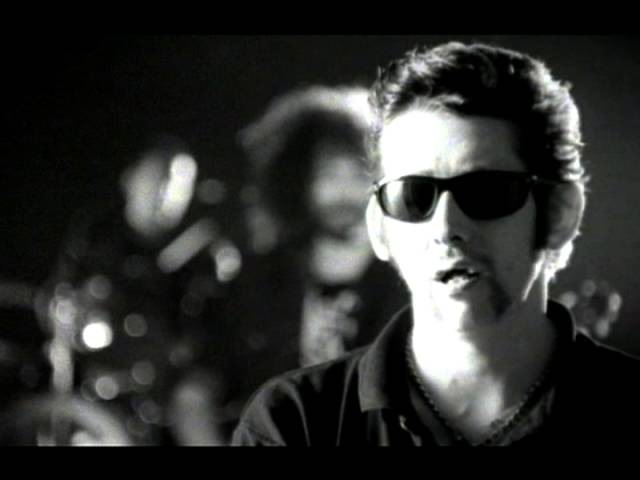 Shane MacGowan - The Song With No Name