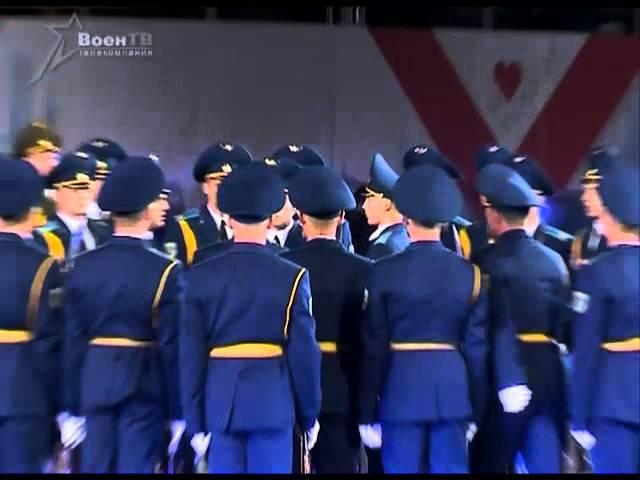 Белорусскую Роту почетного караула искупали в овациях на Красной площади