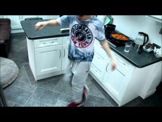 Cutting Shapes   London Shuffle   Hungry For The Power - AZARI & III (Jamie Jones Ridge Street Mix)