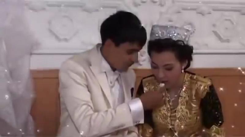 Узбеки скачат нoчи брачнoй