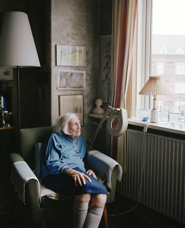 фото пожилой дамы