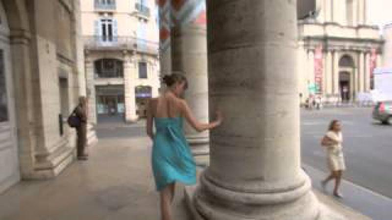Уличное шутливое танго в исполнении: Aude Fauconnier