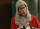 Шоу Фрая и Лори. Суд. (из 1-5)