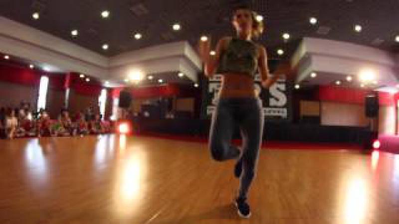 LIVIA GIANIORIO DANCEHALL CLASS TRS 14